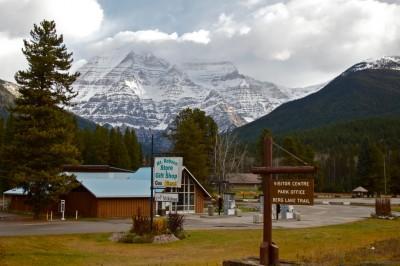 Mount Robson © Bill Arnold